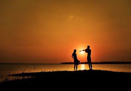 关于爱情的个性签名 有一份爱叫责任_爱情签名