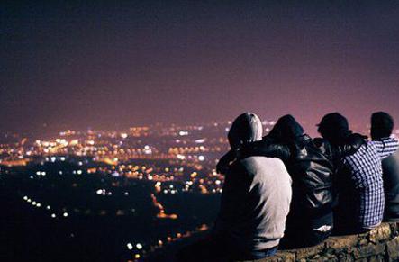 安慰人的话 安慰朋友的话 安慰别人的话_友情说说_剑速网