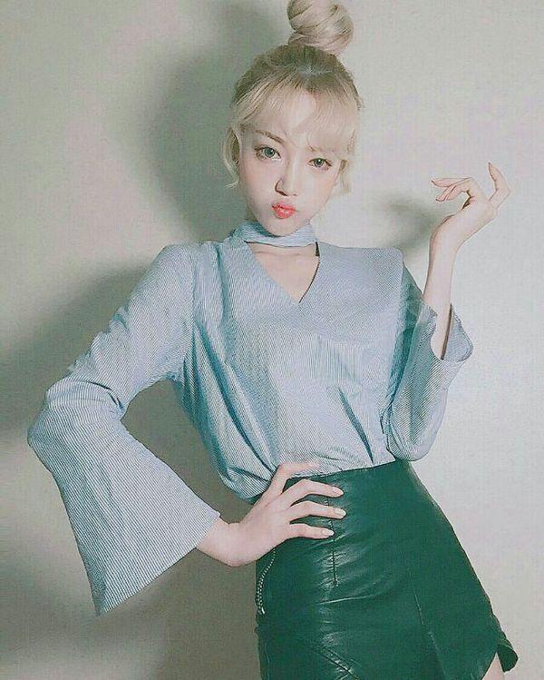 qq可爱大图 时尚超拽女生图片