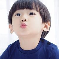 可爱呆萌小孩qq头像 句子里读着别人的人生