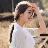 女生QQ唯美小清新头像 我就这样孤独的待着